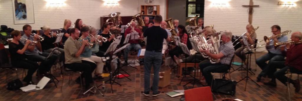 Brass bandet til en almindelig øveaften.